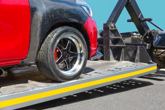Servizio di rimorchio auto soccorso stradale carro attrezzi
