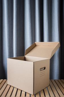 Scatola di cartone o scatola di cartone con coperchio