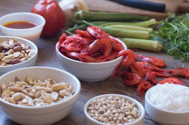 Ingredienti alimentari brasiliani caruru cibo tipico di bahia.
