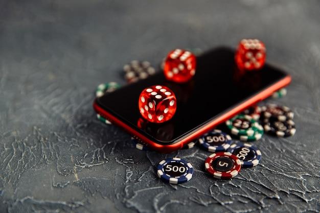 Casino gioca online giocando a dadi e smartphone