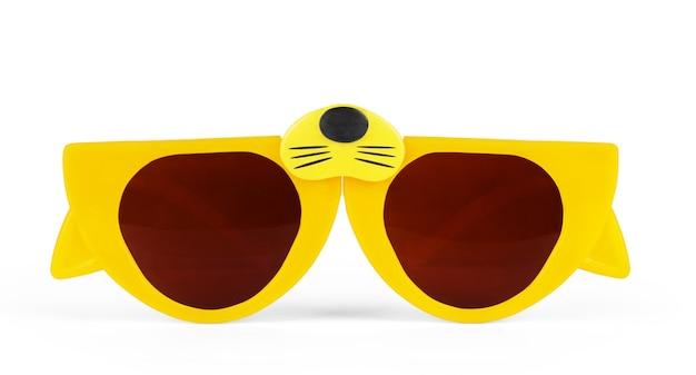 Occhiali retrò a forma di occhi di gatto isolati su bianco con tracciato di ritaglio per una facile rimozione dello sfondo