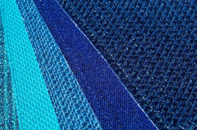 Catalogo di tessuti nei toni del blu turchese