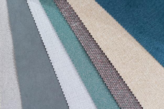 Catalogo di stoffa multicolore da stuoie di tessuti