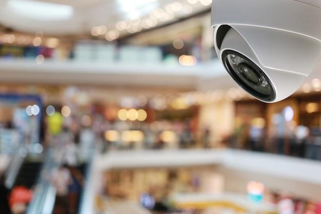 Strumento cctv nel centro commerciale attrezzature per sistemi di sicurezza.