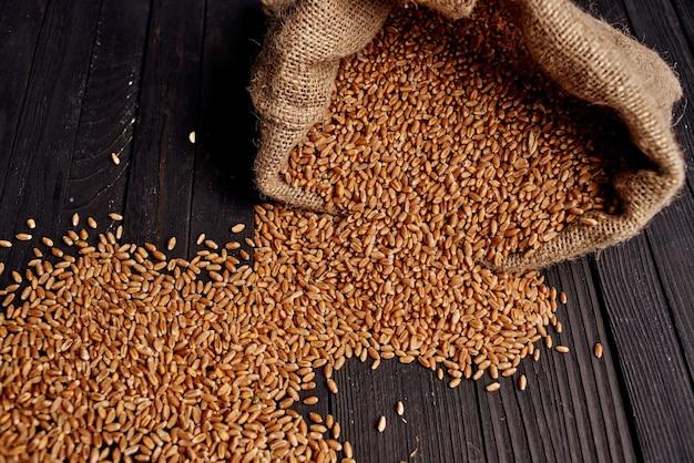 Cereali in busta colazione salutare vista dall'alto