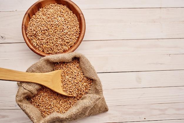 Cereali in borsa prodotti da cucina vista dall'alto
