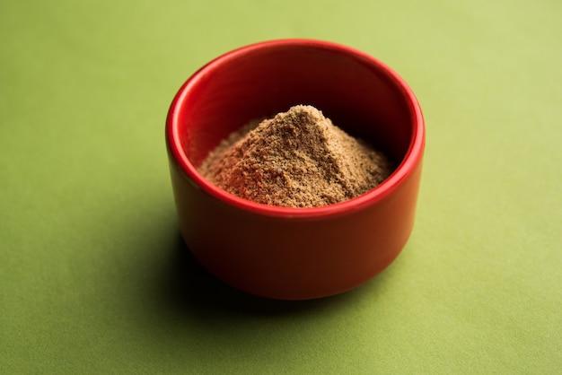 Chaat masala ãâ'ã'â è un mix indiano di polveri di spezie, ãƒâ'ã'â aãƒâ'ã'â polvere piccante che ravviva qualsiasi piatto con un pizzico