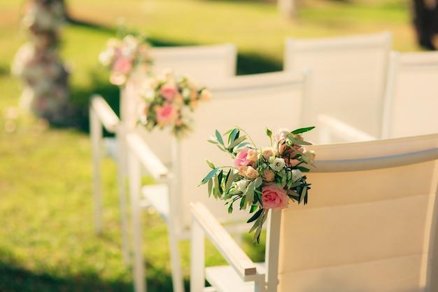 Sedie per cerimonia di matrimonio