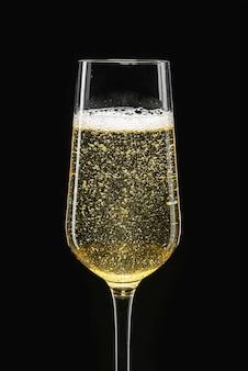 Champagne in un calice flute