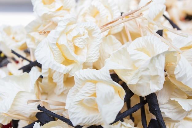 Carta di fiori chan utilizzata nella cerimonia dei morti nella tradizione thailandese.