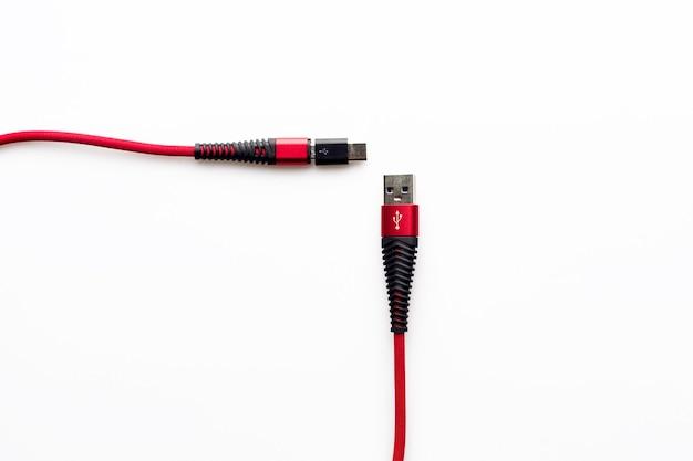Ricarica e connessione cavo rosso da usb a micro con adattatore di tipo c