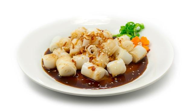 Chee cheong fun rotoli di spaghetti di riso al vapore con salsa dolce densa