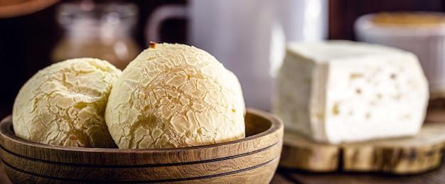Pane al formaggio, tipico snack brasiliano di minas gerais