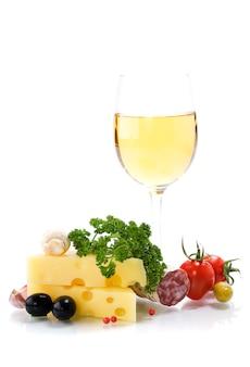 Formaggio e vino bianco