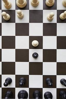 Tavolo da gioco di scacchi