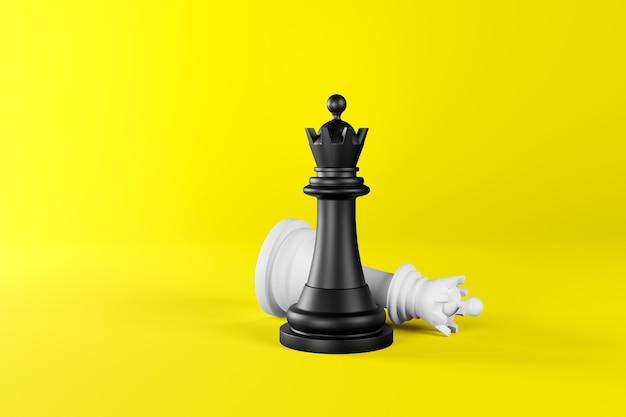 Pezzi degli scacchi sotto forma di una regina in bianco e nero su uno sfondo giallo isolato.