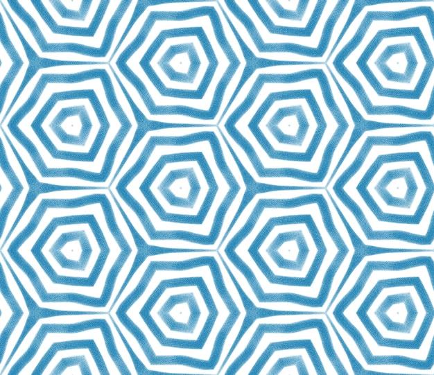 Design a strisce chevron. fondo simmetrico blu del caleidoscopio. motivo a righe geometriche chevron. stampa affascinante pronta per tessuti, tessuto per costumi da bagno, carta da parati, involucro.