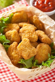 Bocconcini di pollo con ketchup