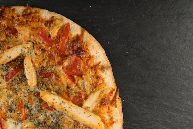 Vista superiore del fondo di struttura della pizza del pollo