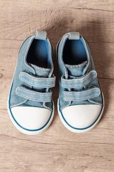 Scarpe da ginnastica per bambini di colore blu