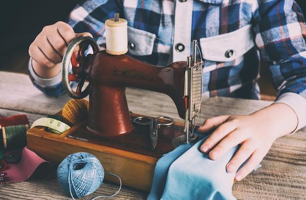 Macchina da cucire per bambini cucito hobby per bambini