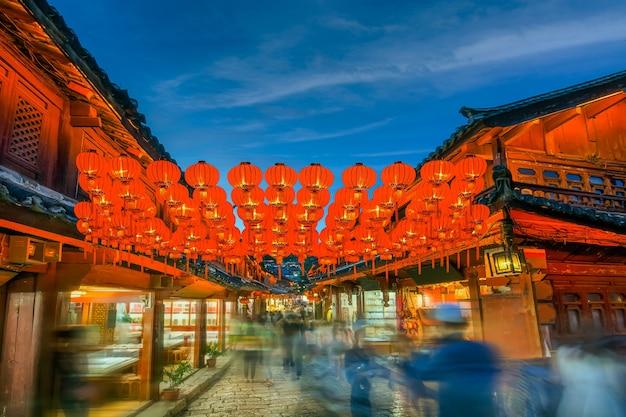 Lanterne cinesi del nuovo anno a chinatown.