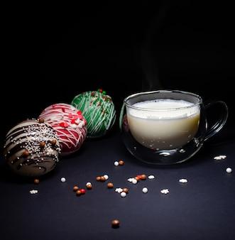 Palline di cioccolato con cacao e marshmallow