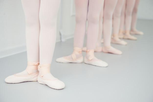 Lezioni di coreografia ragazze in scarpe da punta