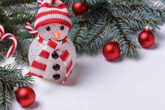 Sfondo di natale con decorazioni di capodanno