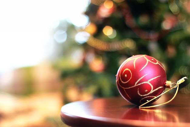 Sfera porta oggetti per decorazioni natalizie