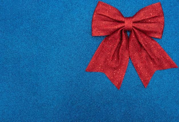 Natale o vacanza con fiocco rosso