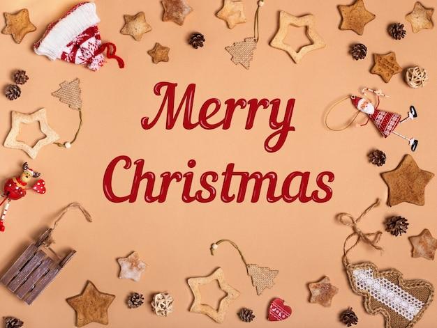 Ornamenti natalizi e decorazioni con biscotti di panpepato