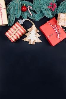 Set di natale con scatole regalo