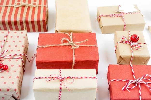 Set di natale con tante scatole regalo