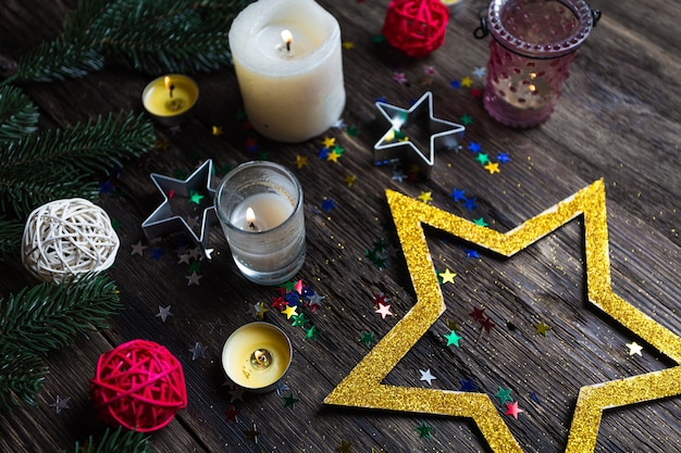 Stelle di natale candele accese