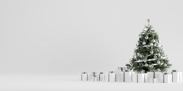 Decorazione di inverno dell'albero di natale con scatole regalo in sfondo bianco