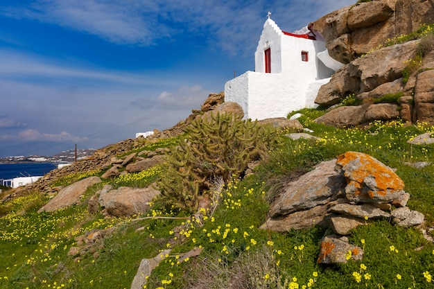 Chiesa di san basilio sull'isola di mykonos, grecia