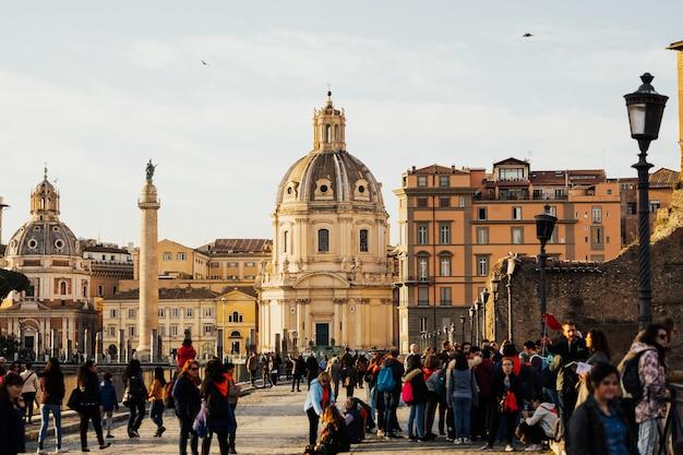 Chiese di santa maria di loreto in piazza di venezia.