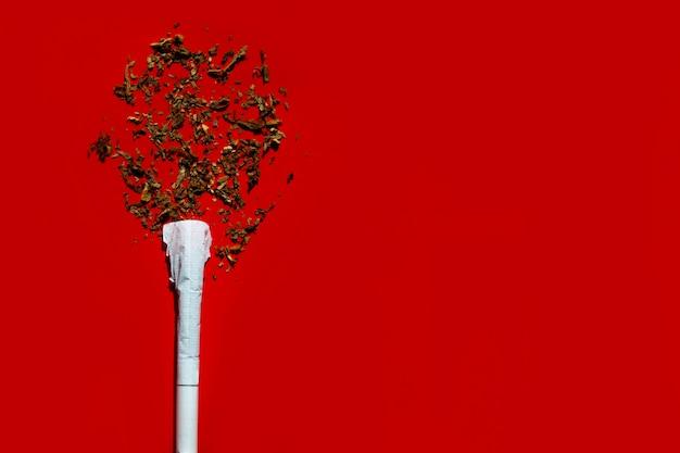 Sigaretta sotto forma di dipendenza dell'albero dal fumo