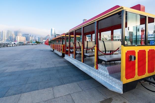 Autobus turistico della città