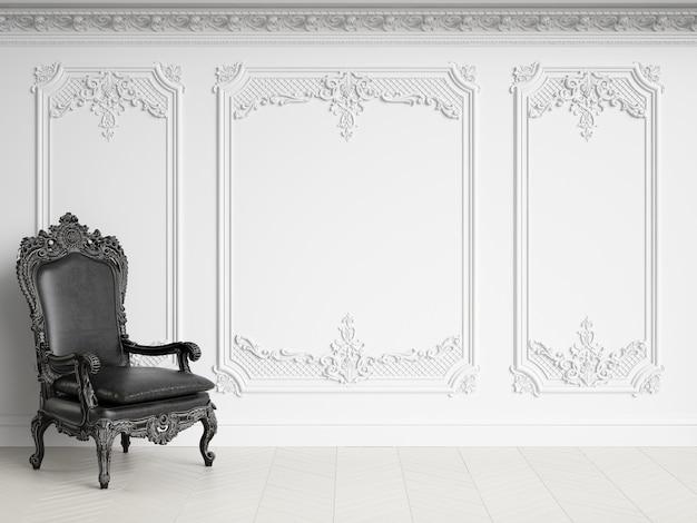 Poltrona classica in interni classici con spazio di copia. gamma in bianco e nero