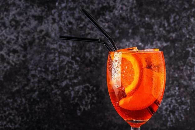 Aperol spritz classico italiano Foto Premium