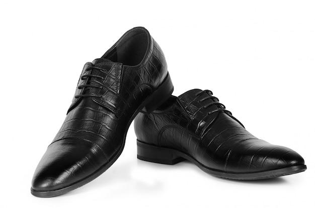 Classico paio di scarpe da uomo in pelle nera