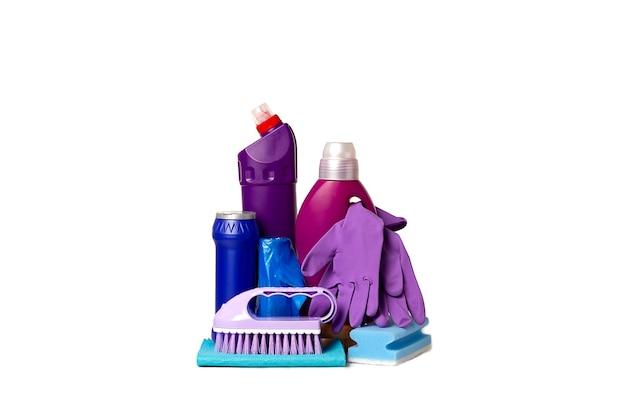 Set pulizia con strumenti e prodotti