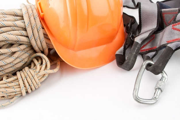 Corde da scalatore e abbigliamento protettivo. sport estremo.