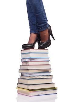Salendo i gradini della conoscenza - concetto di educazione