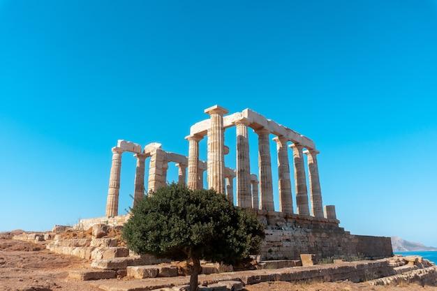 Primo piano di antiche rovine greche