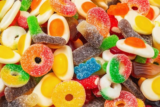 Primo piano su un assortimento di caramelle gommose pattern