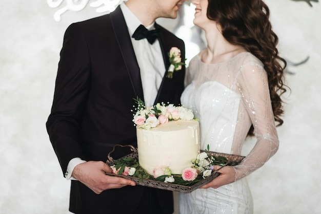 Da vicino la sposa e lo sposo