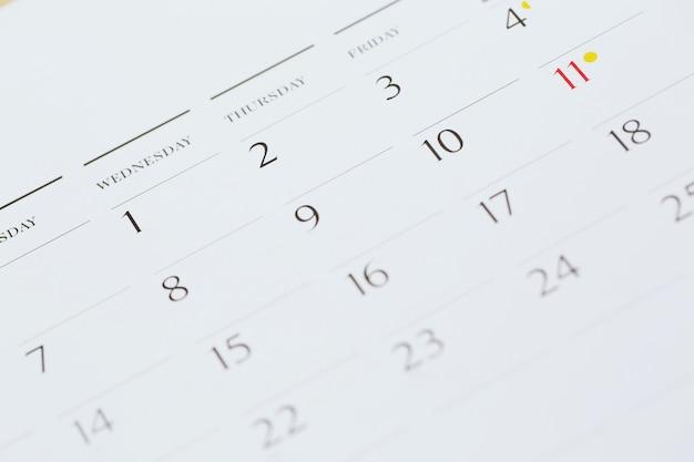 Primo piano numero di pagina del calendario mese di agosto.
